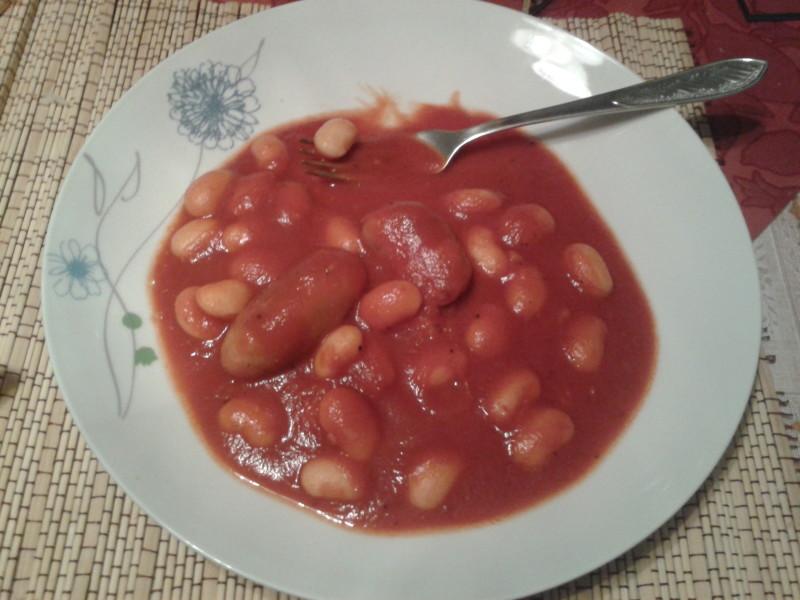 italské fazolky a salsiccia
