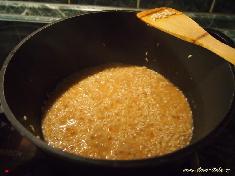 italské risotto s parmezánem