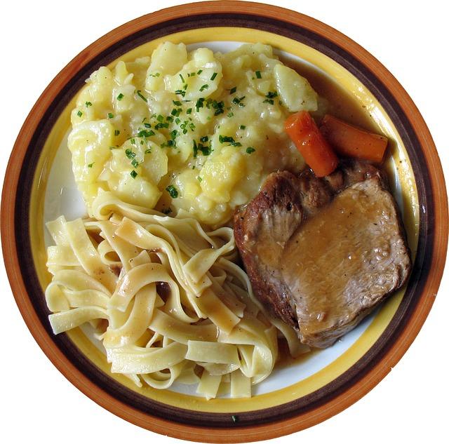 maso a těstoviny