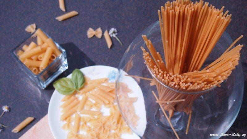 těstoviny špagety