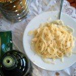 špagety s olivovým olejem