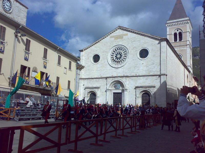 středověký festival itálie