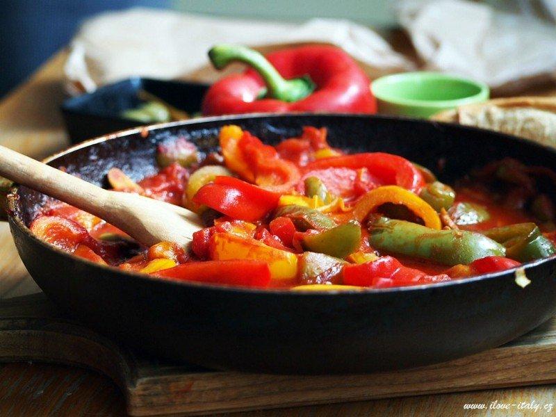 rajčata a papriky podle italů