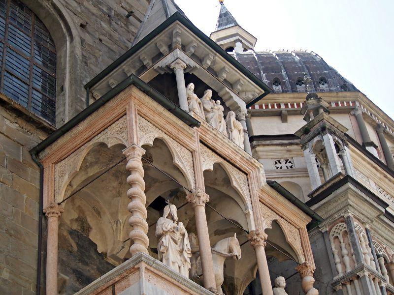 italský chrám a dóm