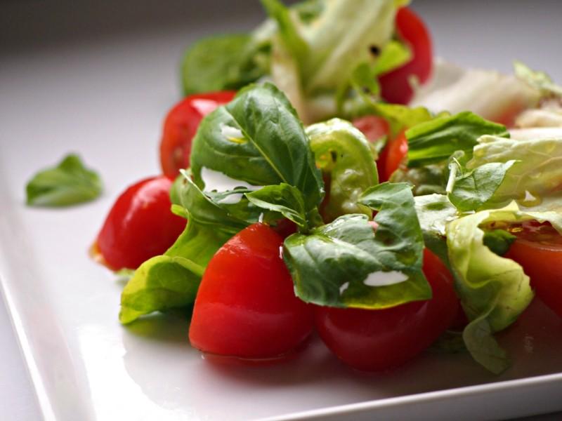 italský salát rajčata