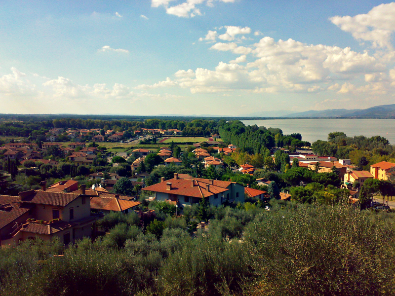 jezero trasimeno itálie města