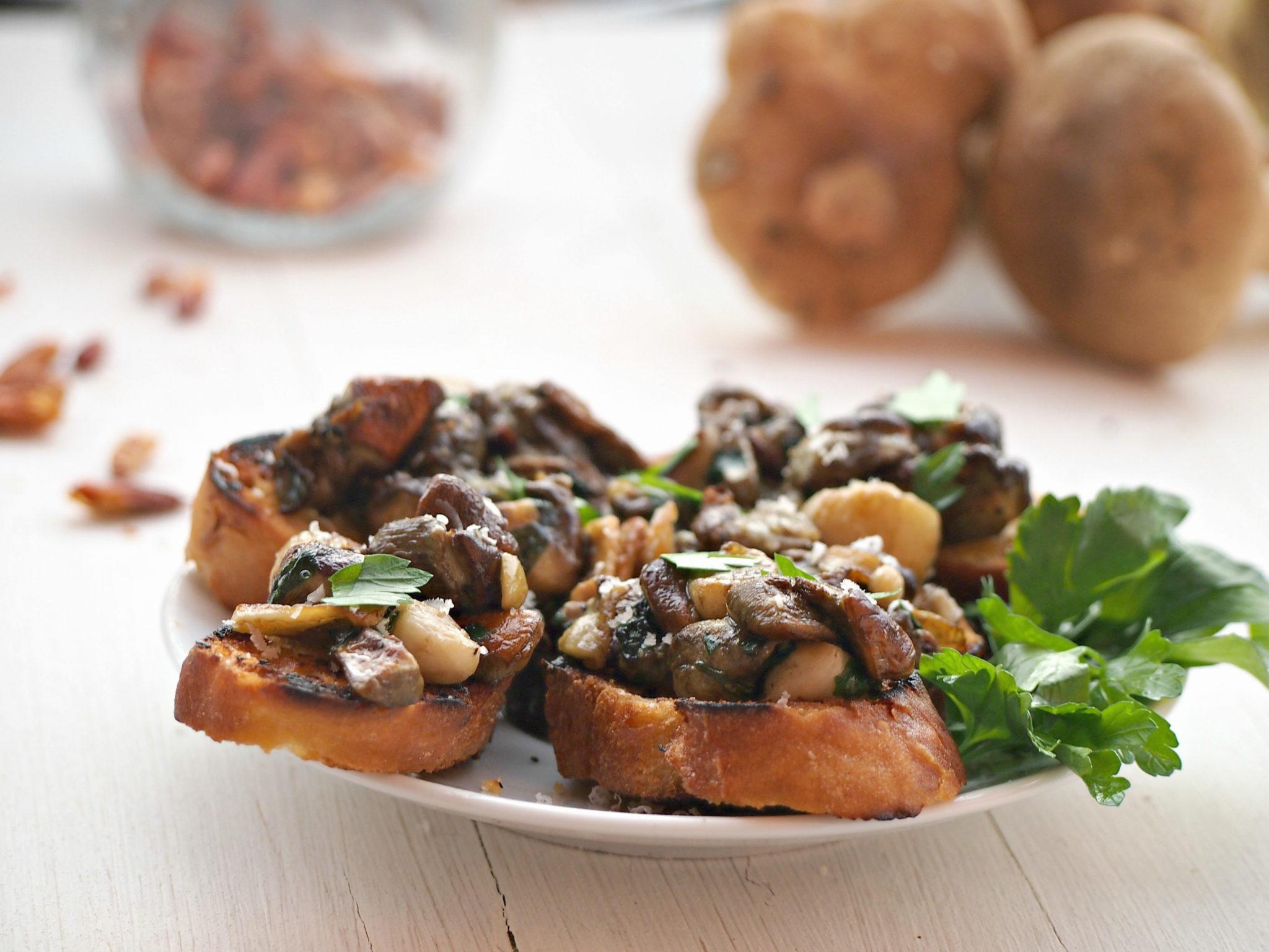 bruschetta s houbami