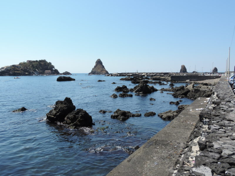 Isola Lachea e Faraglioni dei Ciclopi - Acitrezza