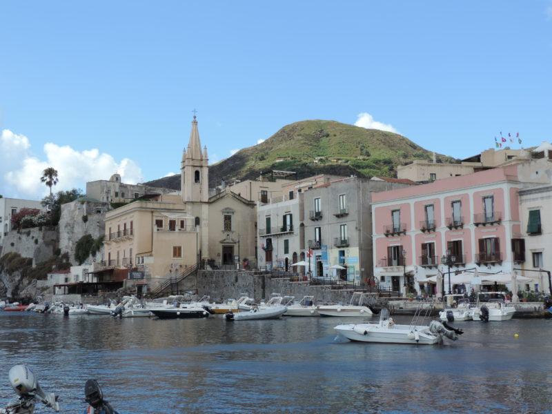 Ostrovy Lipari - Isole Eolie Martina Corta