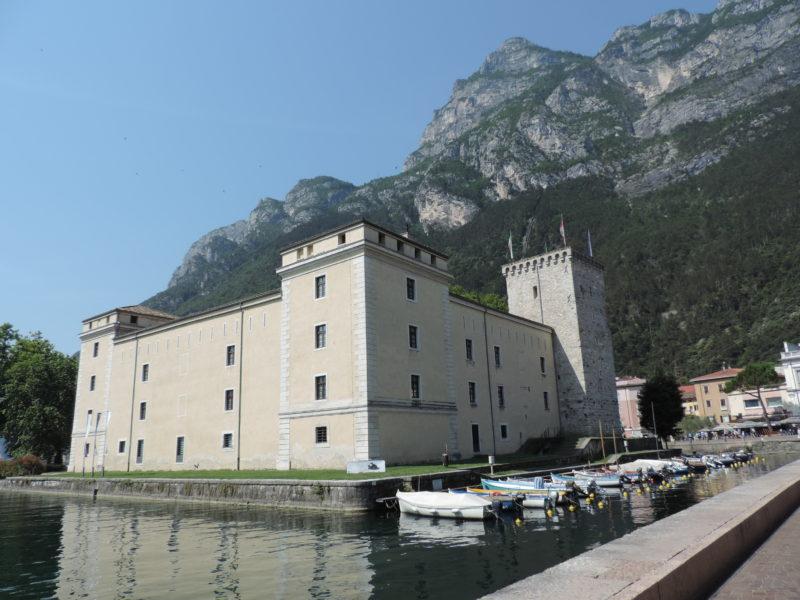 Itálie Riva del Garda - hrad La Rocca