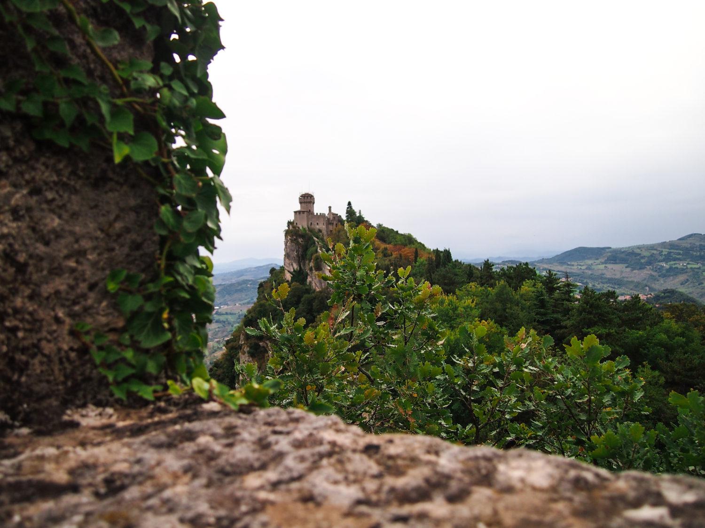 san marino věž cesta
