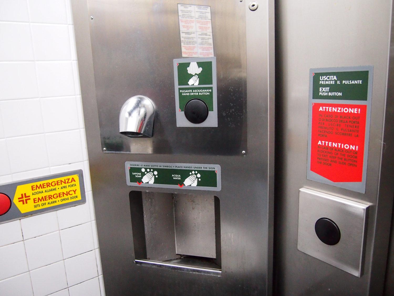 záchody san marino itálie