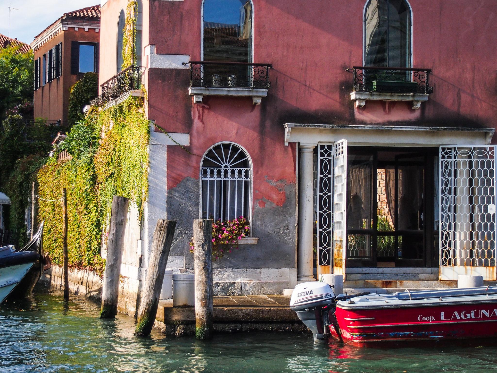 canal grande benátky itálie